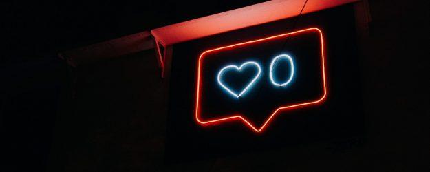 the social gesture facebook twitter